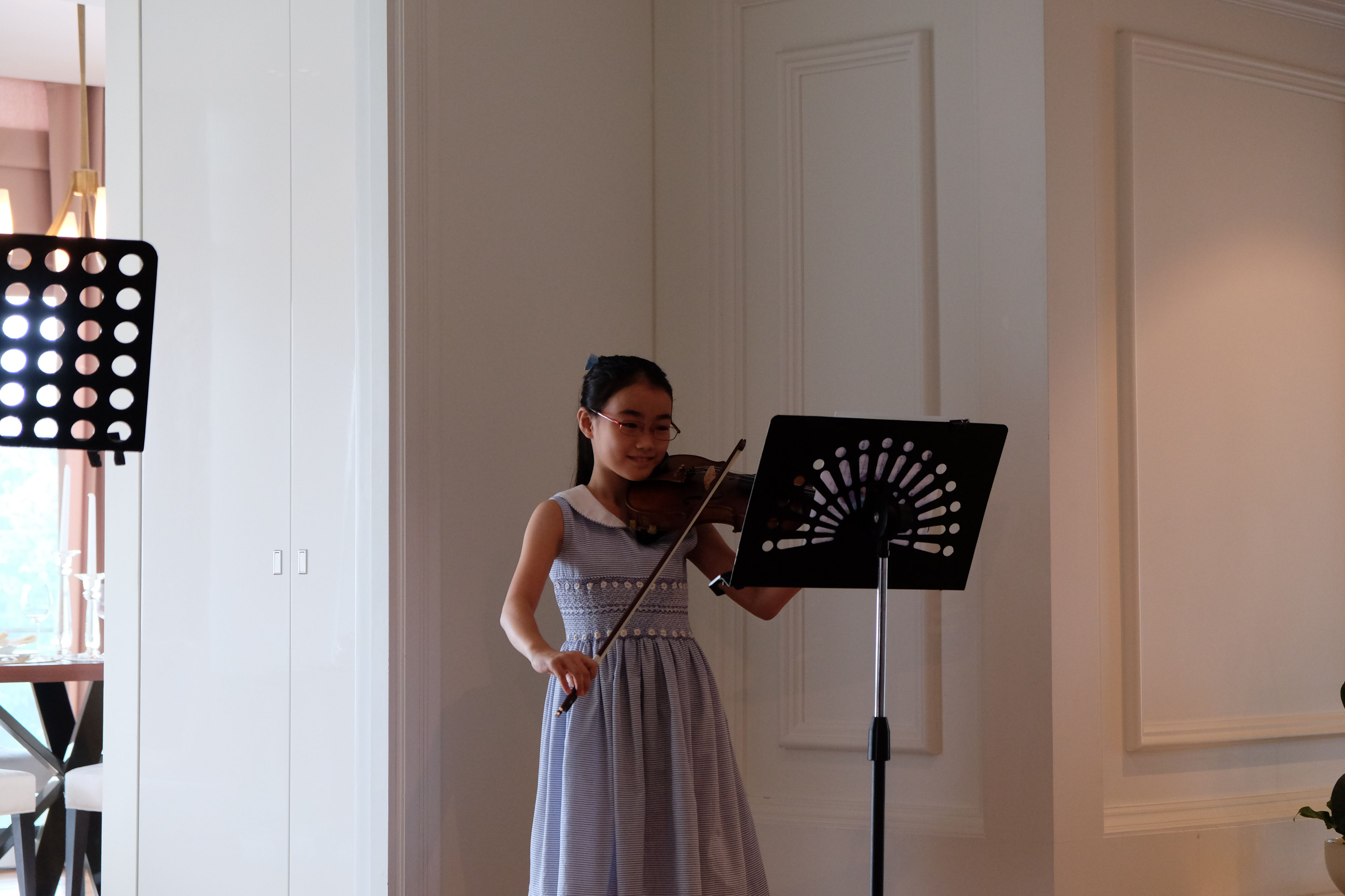 Promising young Japanese student who has played violin in Bangkok for 3 years